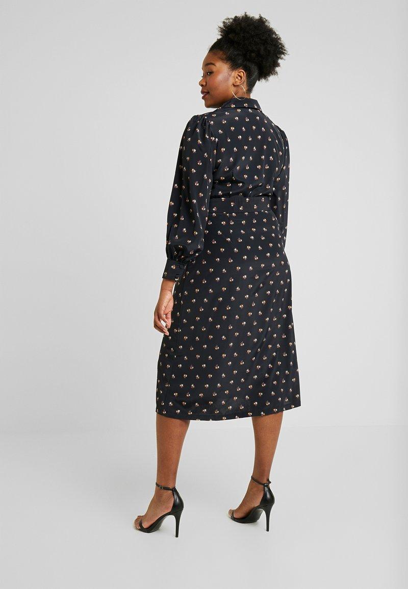 Fashion Union Plus - PRINTED BUTTON THROUGH DRESS - Košilové šaty - black