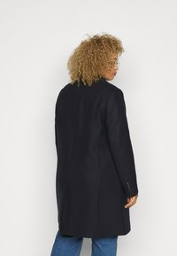 Tommy Hilfiger Curve - CLASSIC COAT - Classic coat - desert sky - 2
