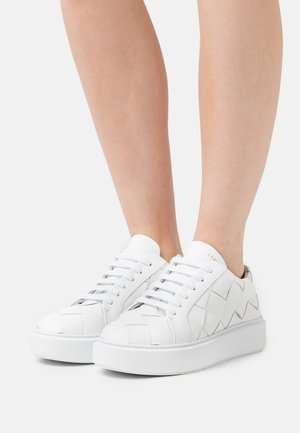 CPH421 - Baskets basses - white