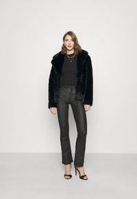 Missguided - SHORT COLLAR COAT - Winter jacket - black - 1