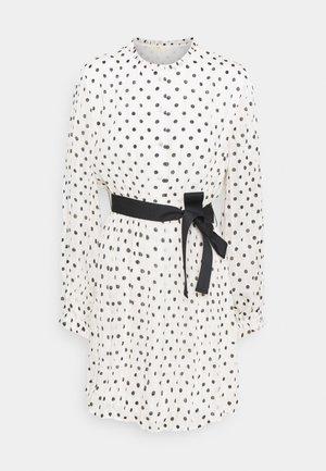 RELY - Shirt dress - blanc/noir