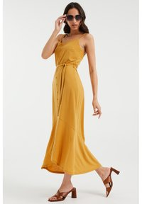 WE Fashion - Maxi dress - ochre yellow - 2