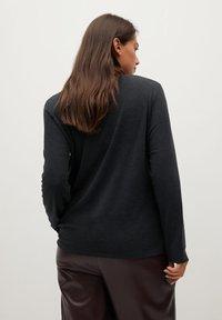 Violeta by Mango - CLASSIC - Long sleeved top - gris chiné foncé - 2