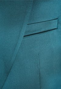 Twisted Tailor - DRACO SUIT - Kostym - bottle green - 10