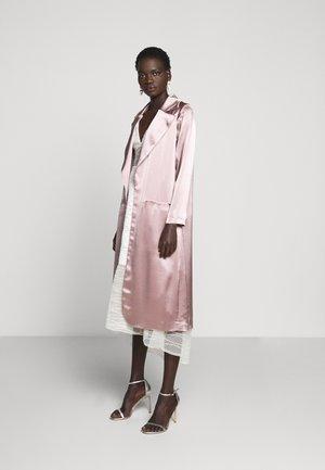CARMEN LONG RIDER - Short coat - mink