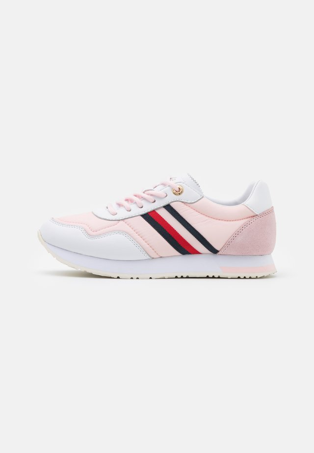 CASUAL CITY RUNNER - Sneakers - light pink
