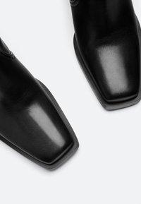 Uterqüe - Cowboy/Biker boots - black - 4