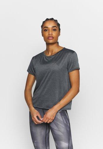 TECH VENT - T-shirts - black