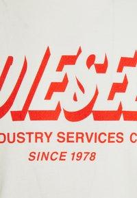 Diesel - DIEGOS UNISEX - T-shirt print - off white - 2