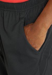 Nike Performance - DRY SHORT - Pantalón corto de deporte - black/black/black - 3