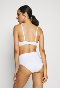 DORINA - MICHELLE - Push-up bra - white - 2