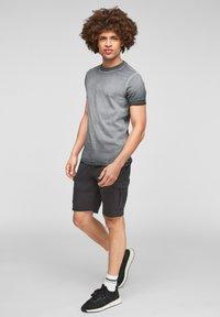 Q/S designed by - Basic T-shirt - grey - 1