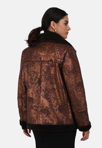 Oakwood - Faux leather jacket - chestnut - 2