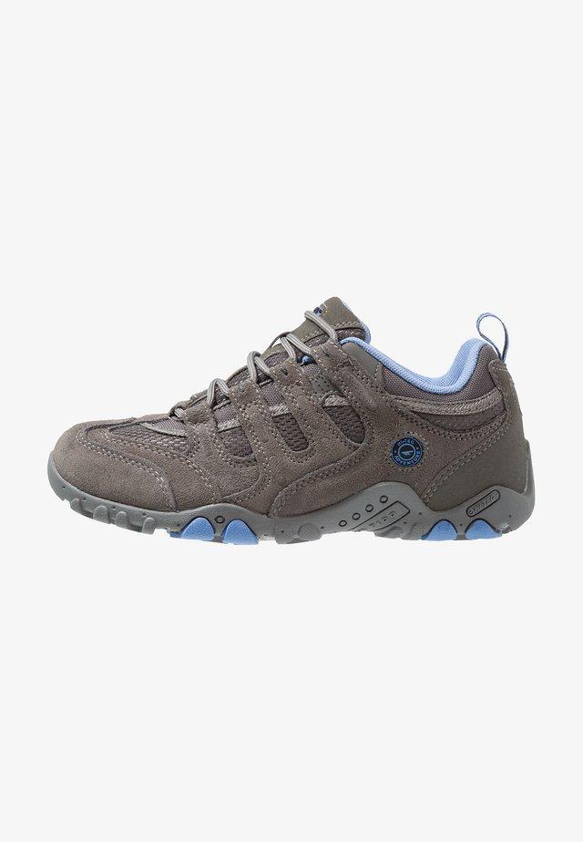 QUADRA CLASSIC WOMENS  - Hiking shoes - grey/charcoal/cornflower