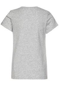 Calvin Klein Jeans - GRADIENT HERO LOGO - T-shirt con stampa - grey - 1
