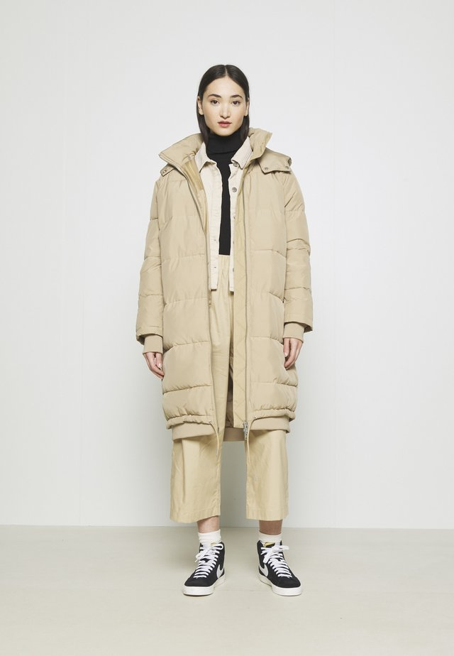 ENTABLE JACKET  - Winterjas - travertine