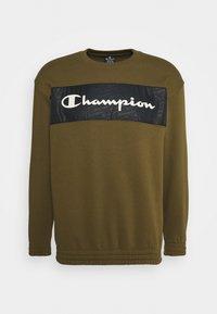 Champion - LEGACY HERITAGE TECH CREWNECK - Sweatshirt - olive - 4