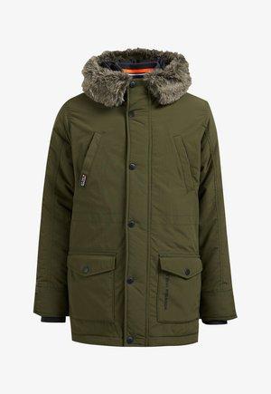 MET CAPUCHON - Winter coat - army green