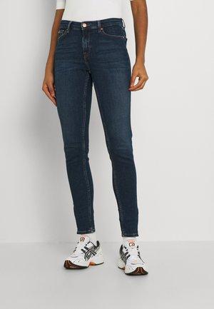 NORA MR SKNY ANKLE - Jeans Skinny Fit - denim dark