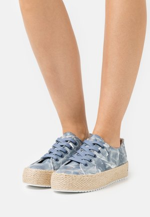 Casual lace-ups - wall blue