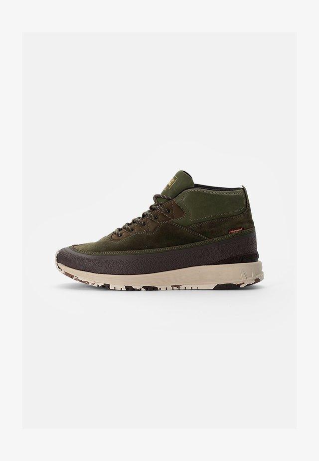 APEX - Sneakers hoog - moss