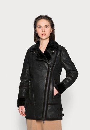 ICY WIND - Short coat - black