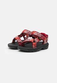 Teva - HURRICANE XLT 2 KIDS UNISEX - Walking sandals - chilli pepper - 1