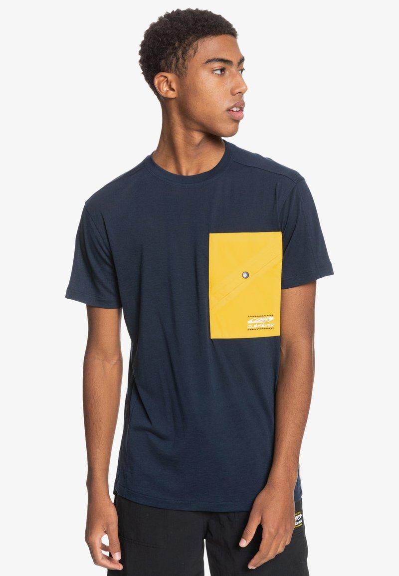 Quiksilver - Print T-shirt - navy blazer