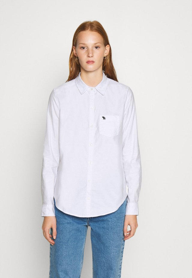 MOOSE OXFORD - Button-down blouse - white
