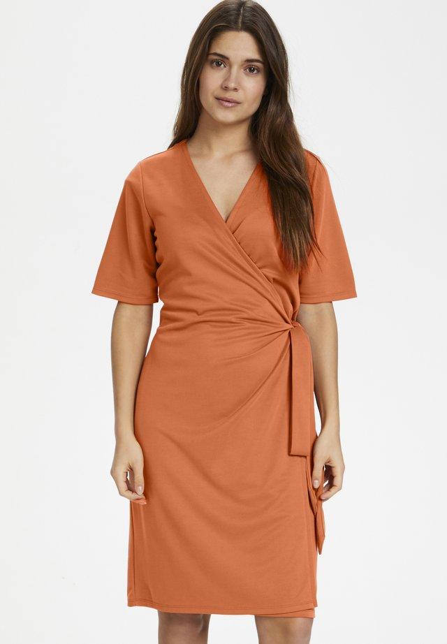 DORESA - Jersey dress - sunburn