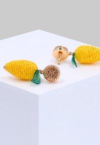 Six - Earrings - goldfarben - 1