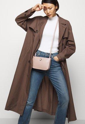 MARCIA SMALL DOUBLE BAG - Across body bag - nappa rose