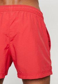 Champion - BEACH - Shorts da mare - red - 1