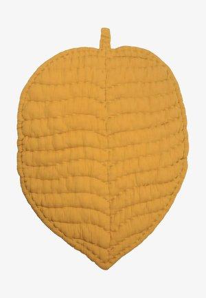 MUSLIN HANDMADE PLAYMAT - Play mat - mustard yellow