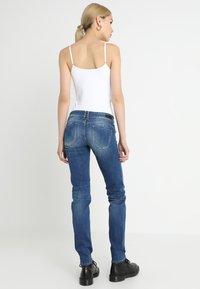 Le Temps Des Cerises - PULP - Slim fit jeans - blue - 2