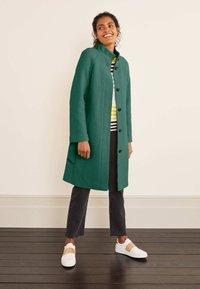 Boden - Down coat - salbeigrün - 1
