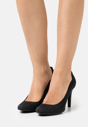 ESSENTIAL - Pumps - black