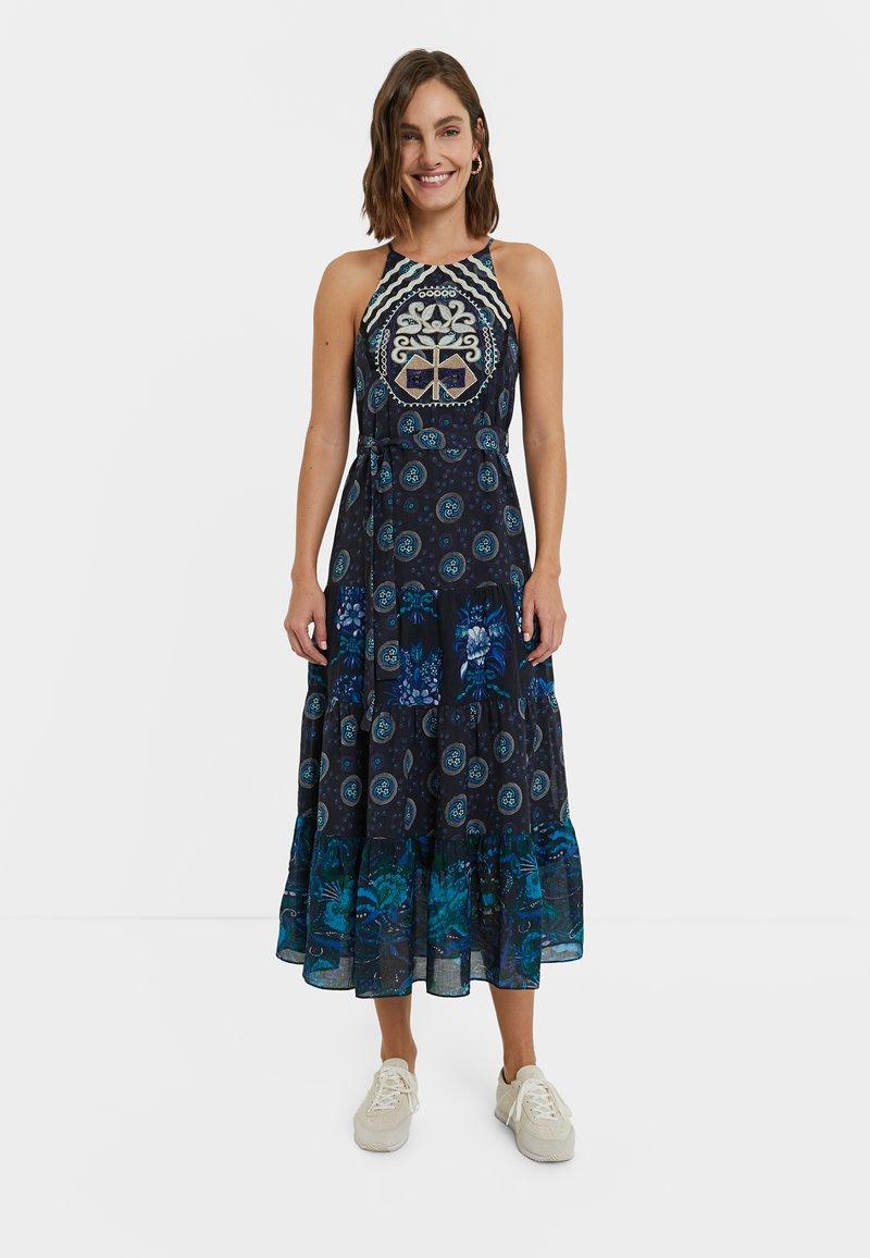 Desigual - DESIGNED BY M. CHRISTIAN LACROIX: - Sukienka letnia - black