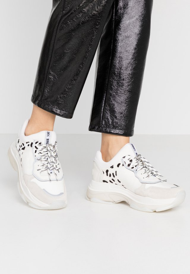 BAISLEY - Sneakers basse - offwhite