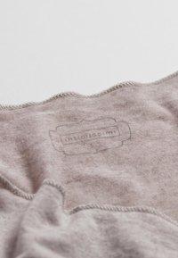 Intimissimi - LANGARMSHIRT AUS CASHMERE ULTRALIGHT - Pyjama top - doppia balza romantica nat. - 3