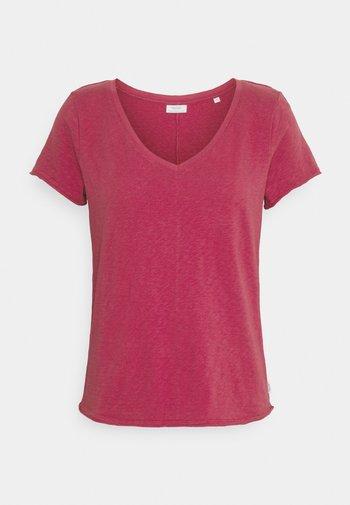 SHORTSLEEVED V NECK - Basic T-shirt - rusty red