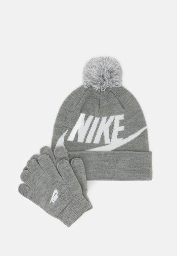 POM BEANIE GLOVE SET - Gloves - grey heather