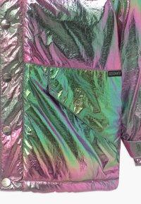 Gosoaky - PENGUIN MARCH UNISEX - Winter jacket - holographic - 2
