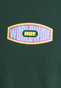 HUF - WORKMANS TEE - Print T-shirt - dark green - 2