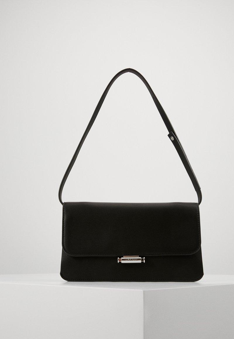 Calvin Klein - RETRO - Clutch - black