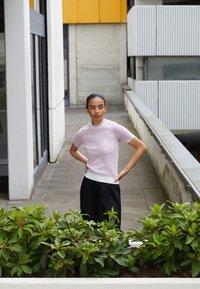 3.1 Phillip Lim - MOCK NECK - Print T-shirt - lavender - 2