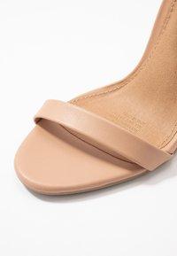 Rubi Shoes by Cotton On - SKYLAR STILLETTO - Sandaler med høye hæler - light taupe smooth - 2