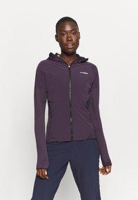 adidas Performance - SKYCLIMB - Træningsjakker - purple - 0
