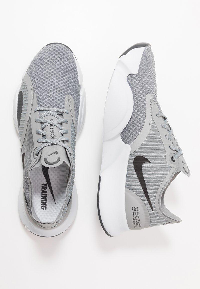 Serrado único Respiración  Nike Performance SUPERREP GO - Zapatillas de entrenamiento - particle  grey/dark smoke grey/light base grey/gris - Zalando.es