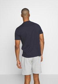 Champion - CREWNECK  - Camiseta básica - dark blue - 2